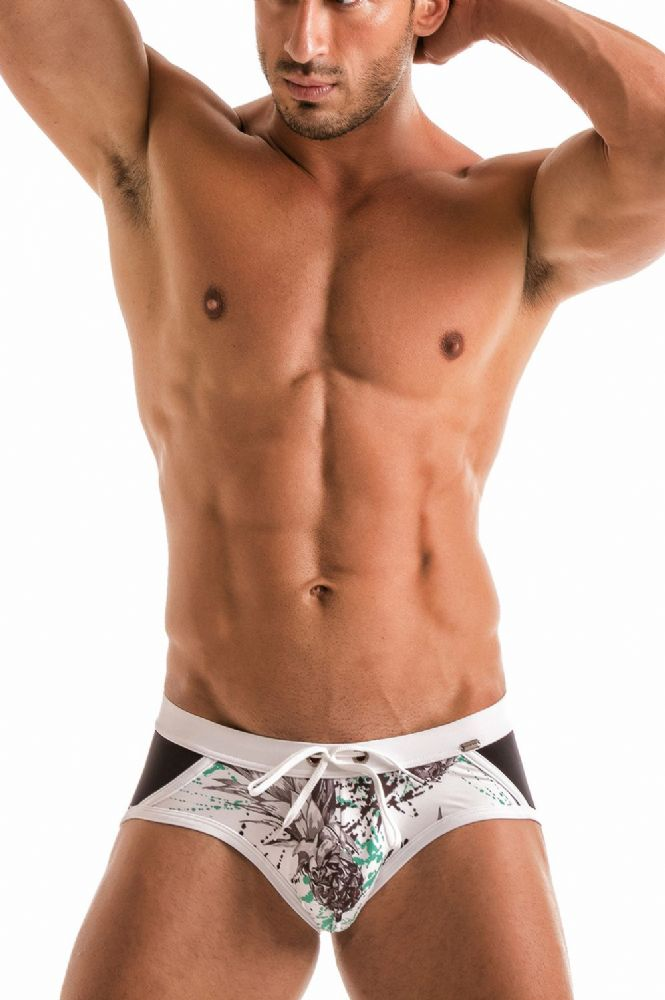 Geronimo Mens White  Swimwear Brief Trunks 1908s4